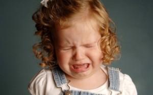Истерики у ребенка: каковы причины и как успокоить ребенка