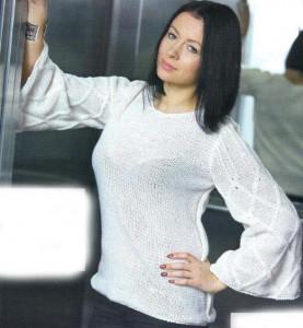 Белый пуловер с широкими рукавами: описание вязания, схема, фото