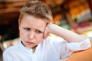Тики у ребенка: почему возникают нервные тики, чем помочь ребенку