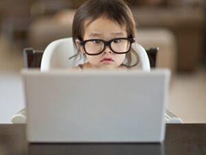 Зрительные нагрузки у детей: что делать со зрительным переутомлением