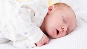 Апное у новорожденных: причины и симптомы, виды апноэ