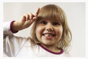 Молочные зубы у детей. Уход за молочными зубами ребенка. Детские зубные щетки и пасты