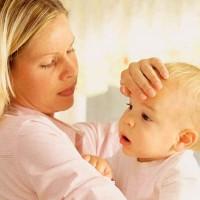 Простуда с первых месяцев: что делать, если ребенок заболел