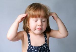 Почему болит голова у ребенка: основные причины головных болей у детей