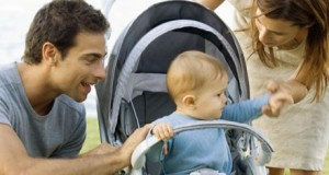 В отпуск с ребенком: какой отдых нужен родителям, а какой ребенку