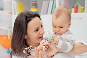 Во что поиграть с младенцем: рекомендации молодой маме