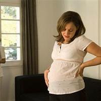 Боли в спине при беременности: причины боли, что делать