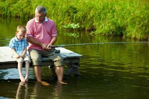 На рыбалку с детьми: куда можно отправиться. Приобщение ребенка к рыбалке