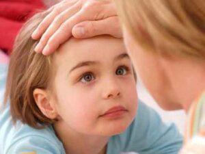 Синяки под глазами у ребенка: причины, лечение, средства от синяков