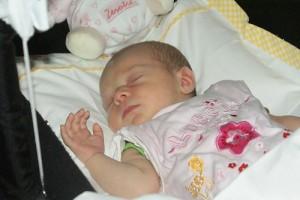 Как правильно уложить ребёнка спать. Организуем спальное место ребенка