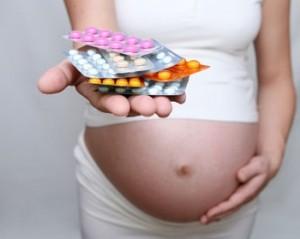 Прием лекарственных препаратов во время беременности. Последствия на ранних сроках