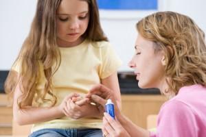 Как обработать рану у ребенка: снимаем боль, не допускаем воспаления