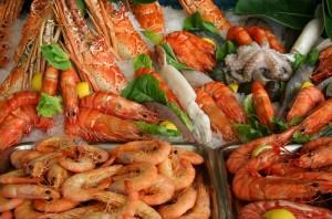 Рыба и морепродукты при грудном вскармливании: советы и рекомендации. Можно ли икру при грудном вскармливании