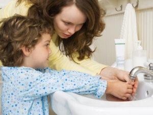 Гельминтозы у детей: симптомы, лечение, профилактика