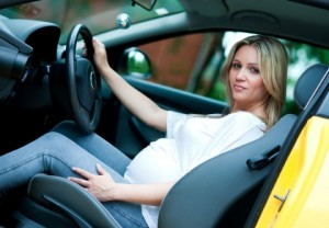 Беременность и вождение автомобиля: правила безопасности. Когда не следует водить автомобиль при беременности