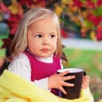 Горячие напитки для детей: какие напитки полезны, а какие вредны ребенку