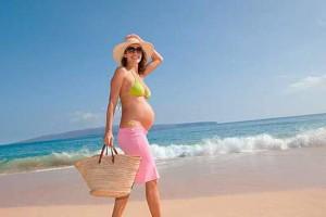 Лето, солнце, море, пляж и беременность