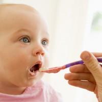 """Меню для ребенка с синдромом """"ленивого кишечника"""": питьевой режим, полезные продукты"""