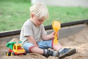 Игры в песочнице. Детские игры с песком
