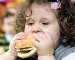 Детское ожирение: причины, лечение, профилактика