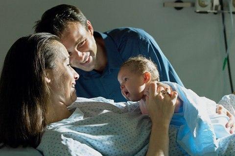 Роды с мужем: присутсвие мужа при совместных родах, отзывы, отношения после родов