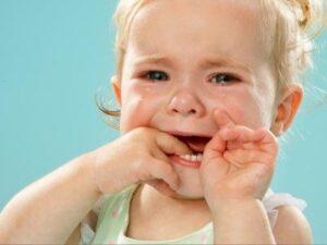 Герпетический стоматит у детей: симптомы и лечение
