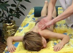 Детский сколиоз: лечение и профилактика