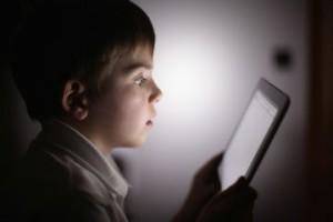 Детское зрение: вред компьютера и телевизора для детского зрения. Витамины для детского зрения