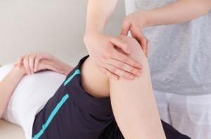 Патология коленного сустава у детей и подростков: смещение коленной чашечки, щелкающий коленный сустав