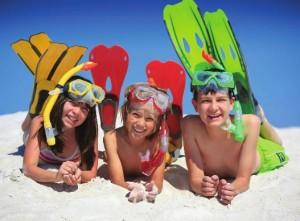 В отпуск на море с детьми: Что купить и взять ребенку на море?