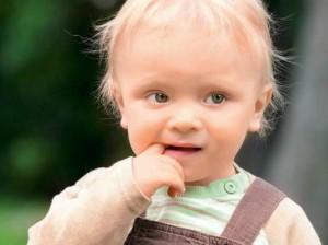 Боли во рту у ребенка: в чем причина и как лечить?