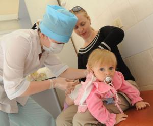 Прививки детям. Можно ли детям делать прививки. Насколько опасны побочные эффекты
