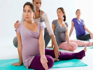 Курсы для беременных: йога, фитнес, уроки для будущих мам, как выбрать курсы