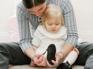 Обувь для ребенка: характеристика, тонкости ухода за детской обувью
