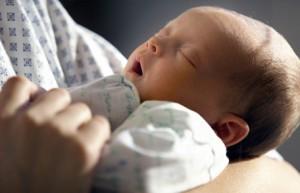 Желтуха новорожденных: причины, лечение, последствия, когда проходит
