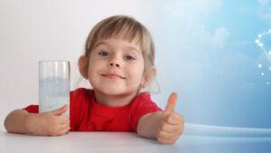 Как сохранить здоровье ребенка в новом году: сезонная иммунопрофилактика, домашняя физиотерапия