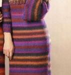 Платье с кокеткой спицами