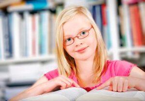 Школьная близорукость: причины, профилактика, лечение