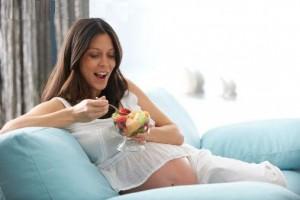 Что нельзя делать беременным: приметы, что нельзя на ранних сроках