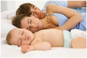 Помощь близких после родов. Как помочь молодой маме